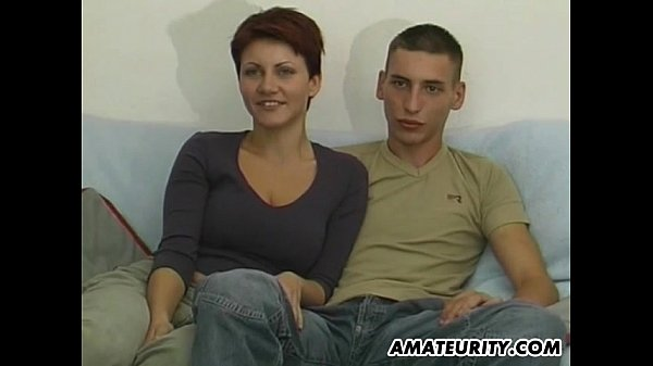 Junges dickes Deutsches Paar fickt vor der Kamera