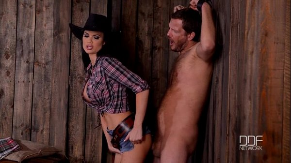 Jasmine Jae in cowgirl hardcore DOMINA männliche Strafe - Pornofilme kostenlos