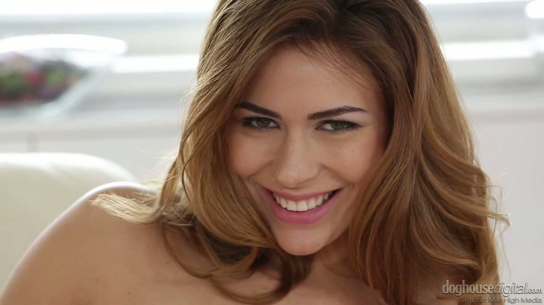 Finden Sie einen wirklich charmanten babe auf Ihren Geschmack, der ist gut im Strippen - Pornofilme