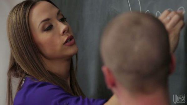 Geile Schönheit Chanel Preston Fahrten harten Schwanz Ihres Schülers - Pornofilme kostenlos